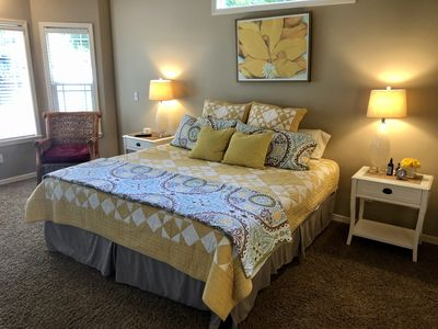 3Bed/2.5 Ba Meridian cozy Home w/ Hot tub