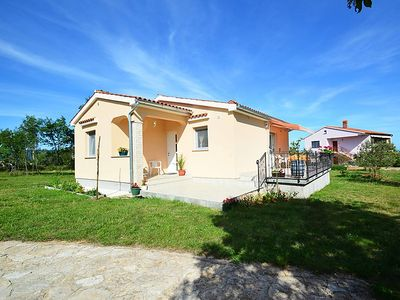 Photo for Vacation home Lory  in Pula/ Rakalj, Istria - 4 persons, 2 bedrooms