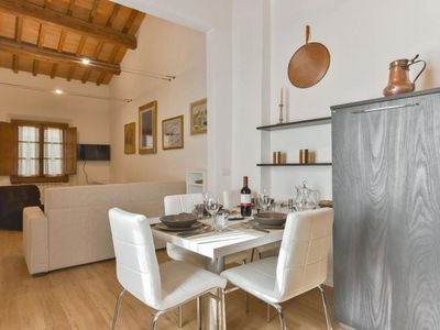 Photo for Perugino apartment in Duomo with WiFi, integrated air conditioning & balcony.