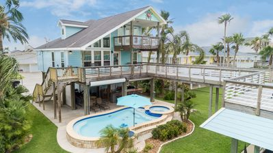 Photo for Waterfront Sea Isle home with private pool and amazing views of Galveston Bay!