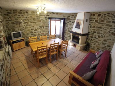 Photo for Cottage with WiFi and terrace near Cathar castles and gorges