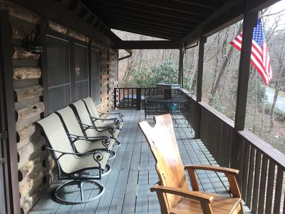 Photo for Highlands cabin, easy walk to downtown, less than .5 mile. Great place to relax!