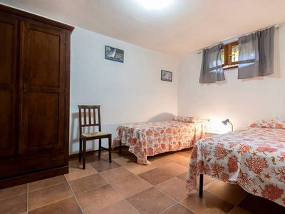 Photo for Apartment with large garden, 5 minutes from Cala Sapone, 4/5 people