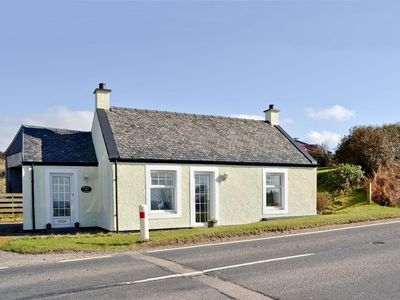 Photo for 1 bedroom property in Campbeltown. Pet friendly.