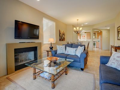 Photo for Newly remodeled country club condo w/shared pool & hot tub