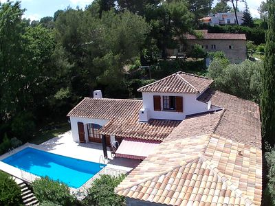 Photo for Charming villa, quiet, near Cannes with swimming pool, garden and beautiful view