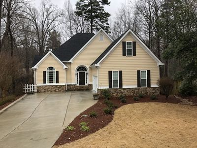 Cool Located Just Two Miles Off The Marietta Square And Minutes From Braves Stadium Marietta Home Remodeling Inspirations Genioncuboardxyz