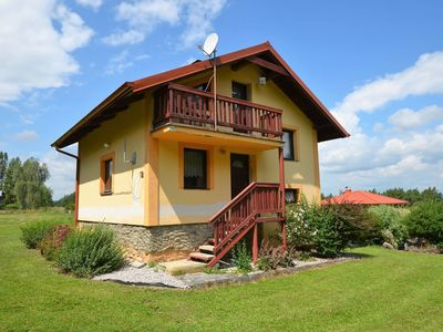 Photo for Spacious country house with pool in a lovely, sloping and forest environment.