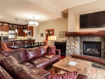 Photo for Premium townhome with updated furnishings at Eagle Lodge. Perfect for families.