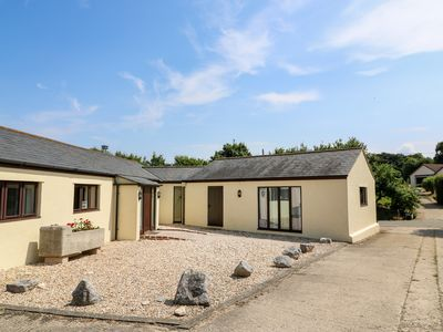 Photo for COURT HOUSE DAIRY, pet friendly in Charmouth, Ref 984735
