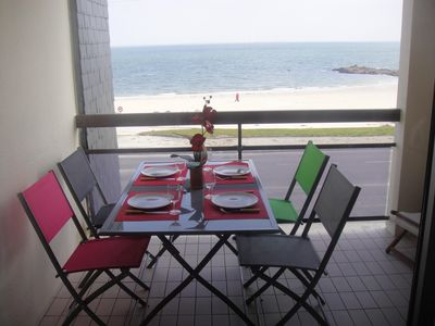 Photo for Apartment in quiet residence facing the beach Sea View Details
