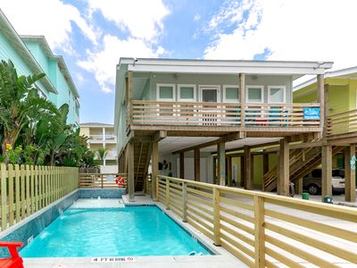 Photo for Bottoms Up: PRIVATE POOL, *FREE 6 Seat Golf Cart, Boat Parking, Outdoor TV