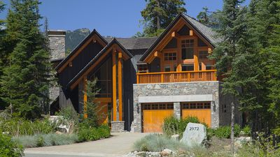 Photo for 4BR Villa Vacation Rental in Whistler, BC