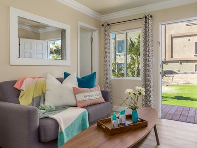 Photo for 2 BR/2BA Cozy Designer Decorated Beach Rental with AC