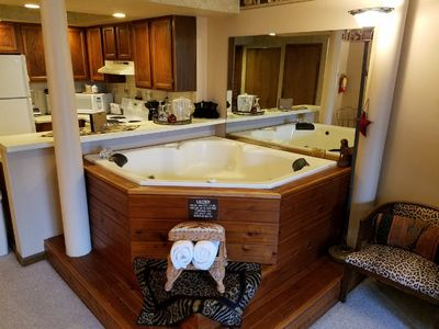 Enjoy the fireplace and watch TV from the privacy of your own Jacuzzi