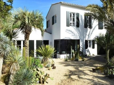 Photo for Villa Les Portes-en-Ré, 4 bedrooms, 8 persons