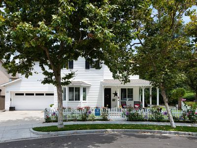 Photo for Beautiful Family Home - End of Cul-de-Sac & Next to a Park