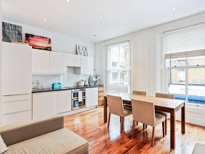 Photo for Beautiful, Refined 1Bed Flat in Central London