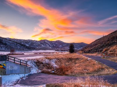 Photo for Condo w/ fireplace & shared sauna - walk to the Park City Mountain lifts & golf!