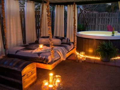 Photo for Absolutely Charming Denim n Diamonds private hot tub, walk to shops!
