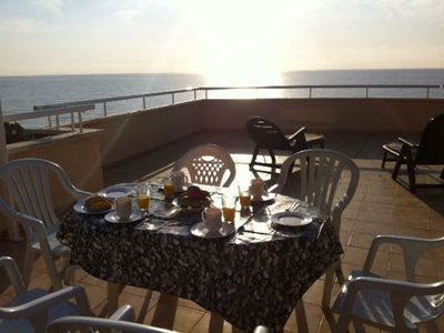 Photo for Penthouse in front of the sea with impressive terrace of 80m2