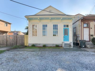 Photo for Uptown Living Near St Charles Ave, Freret St, Magazine St, & the Streetcar