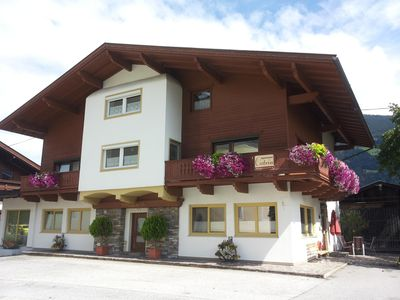 Photo for Apartment with sauna / ski area Hochzillertal / up to max. 12 adults and 6 children