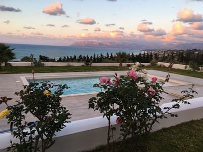 Photo for Magnificent villa with sea view at 500 meters from the beach