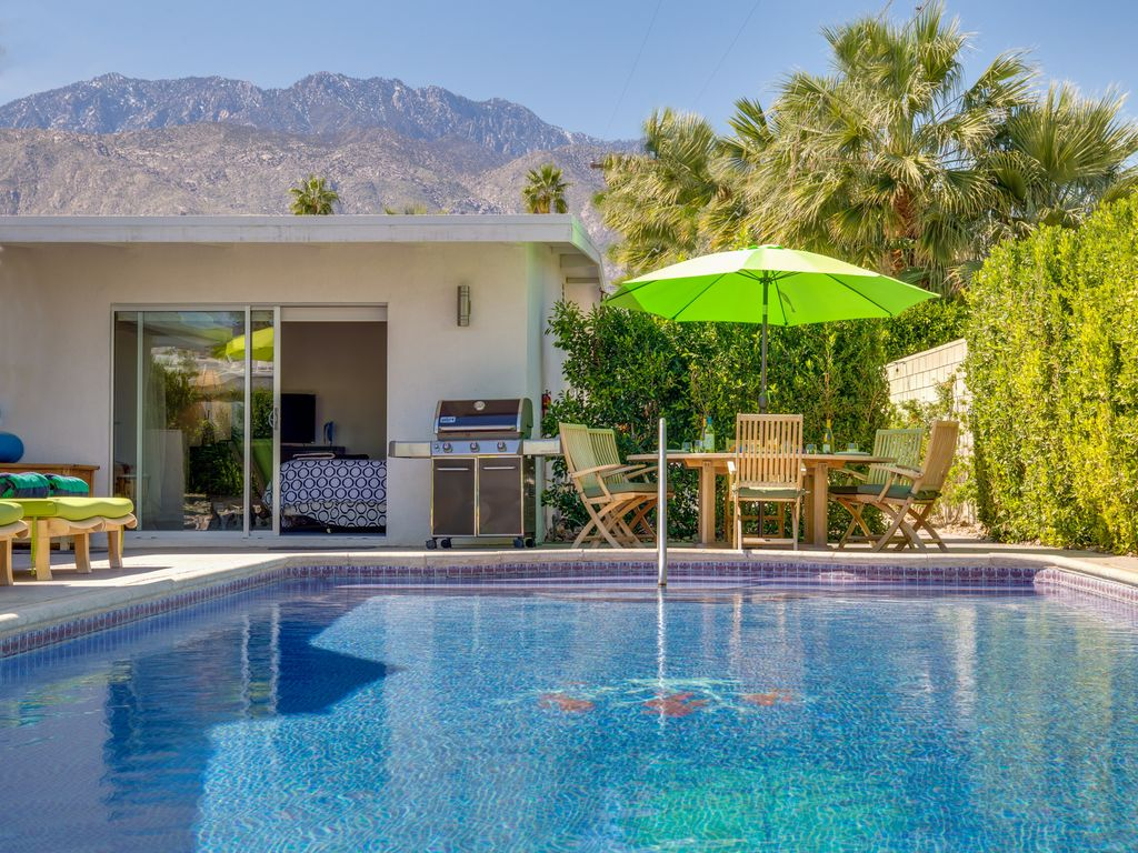 . Desert Peacock  5 BR  4 BA House in Palm      HomeAway Palm Springs