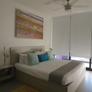 Photo for Modern PH in the heart of playa. THE CITY CONDO.