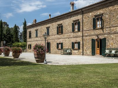 Photo for Splendid 9 bedroom Villa in Montaione (Q4715)
