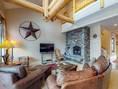Photo for NEW LISTING! Peaceful condo on the golf course, private hot tub, drive to slopes