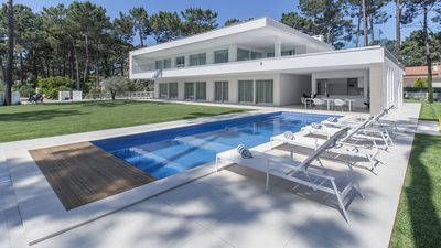 Photo for Spectacular modern villa for 10 persons, with swimming pool