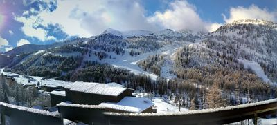 Photo for Very nice apartment. renovated 5 pers. view of the slopes, swimming pool, sauna, garage