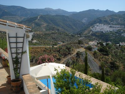 Photo for Attractive rustic Finca with stunning views of the mountains and countryside