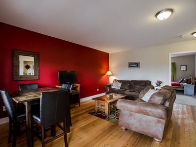 Photo for Immaculate 2 bedroom condo just a block from all restaurants, shops and bars!