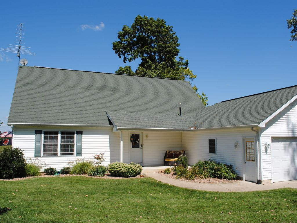 Updated 3 Bed Family Home On Jimmerson Lake Lake James