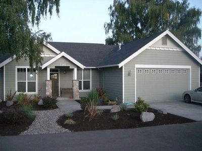 Photo for 3BR House Vacation Rental in Dundee, Oregon