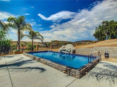 Photo for Breathtaking Medows in heart of Wine Country hHeated pool/spa/fire pit & events