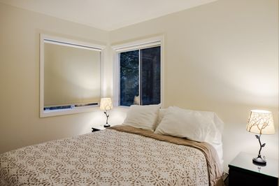 another queen room lower level with blackout shades