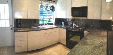 Granite/Travertine Fully Equipped Kitchen