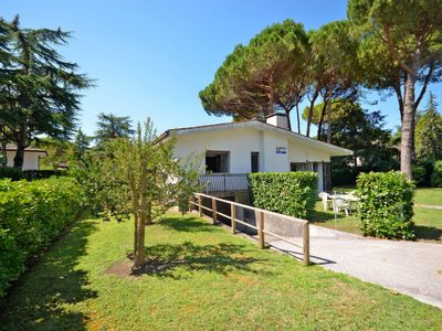 Photo for 3 bedroom Villa, sleeps 7 with Air Con and Walk to Beach & Shops