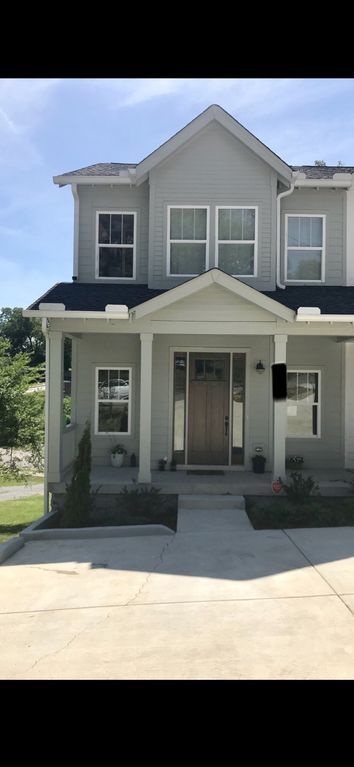 New Home Super Close to Downtown!