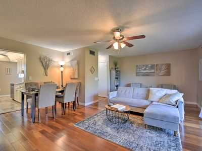 Photo for Indian Shores Townhome w/Pool Access & Kayaks
