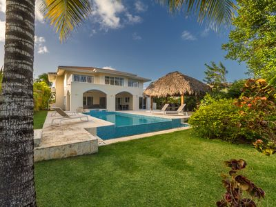 Photo for Lovely 4BR Golf Front Villa with Pool, Jacuzzi, Pool Table & Maid