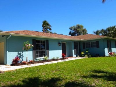 Photo for Ranch-style home located on a gulf-access canal, PLUS $100+ Exclusive Beach Resort Discounts on Food