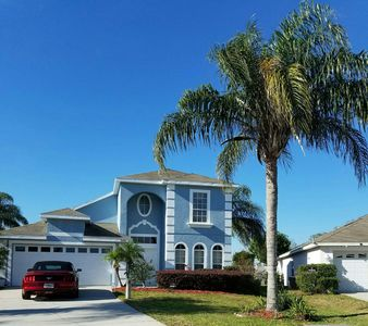 Executive Disney Villa - Large Private Deck, Pool & Spa,-12 minutes from Disney
