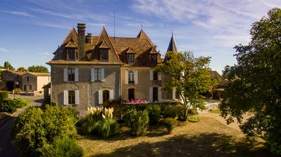 Photo for Family French 5 bedroom Chateau