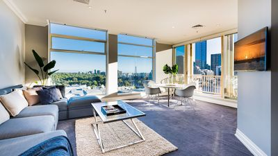Photo for Penthouse with amazing views, luxury location- CBD