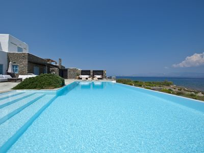 Photo for Beachfront villa, infinity pool, luxurious amenities